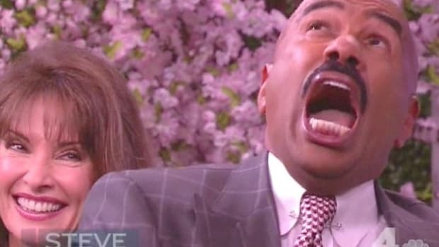 watch-steve-harvey-lose-his-mind-after-dropping-a-2-31201-1399326390-0_dblbig