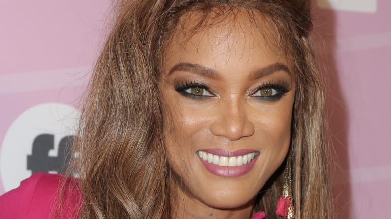 Tyra Banks Photo'd WITHOUT Makeup - She Looks BAD!!