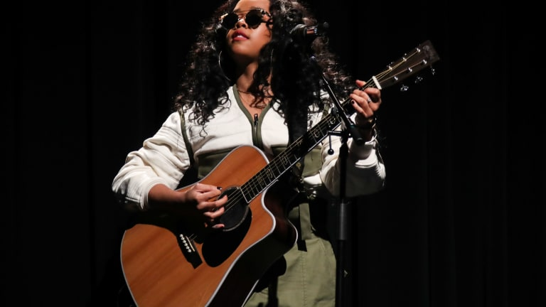 EXCLUSIVE: 22 Yr Old R&B Singer H.E.R. Is Pregnant! (Baby Bump Pic)