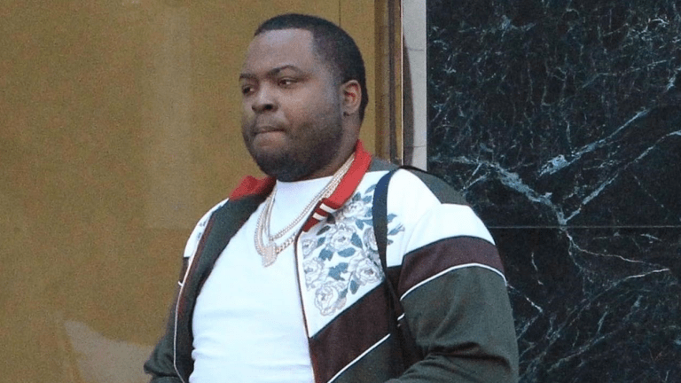 Sean Kingston Takes 'Thick' New GF . . . On Shopping Spree!!