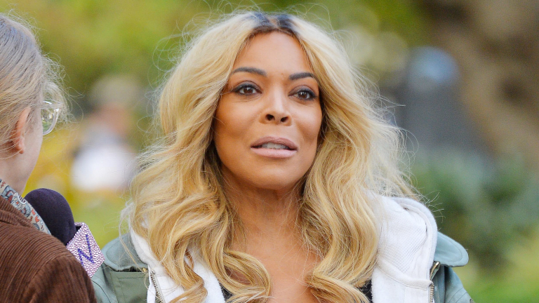 Wendy Williams Is Dating 'Young' Man - Boyfriend Pics!!