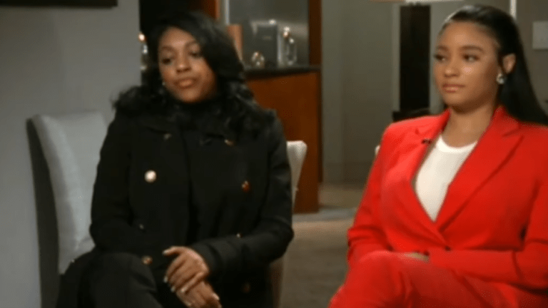 R. Kelly's Girlfriends Reportedly Running Out Of Money