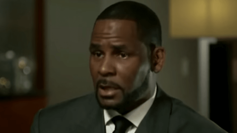 Judge Rules R. Kelly Defaulted On Chicago sex Abuse Lawsuit After No-Show