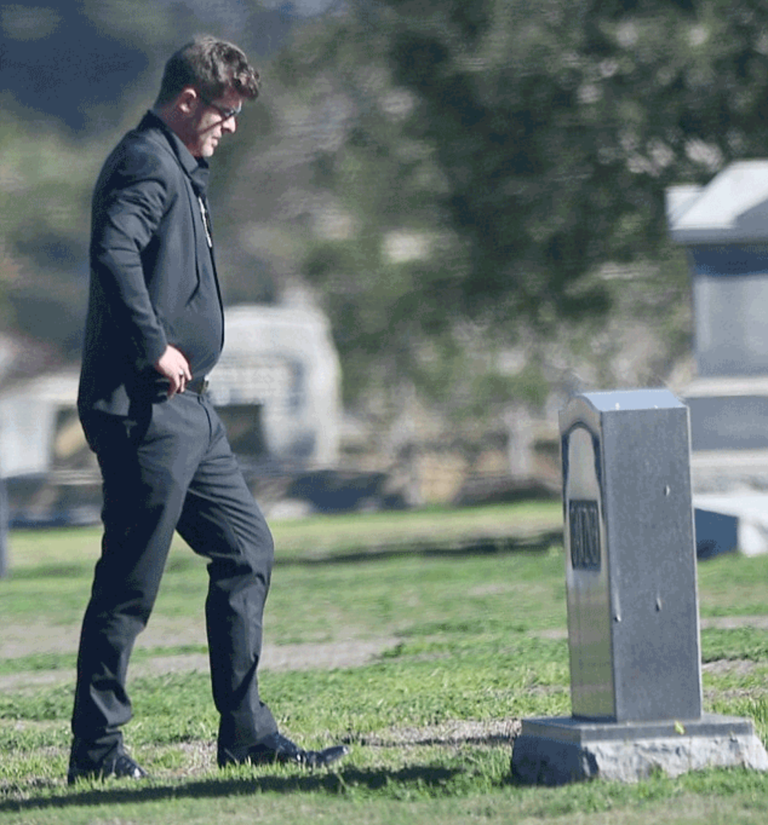 robinthicke_funeral5