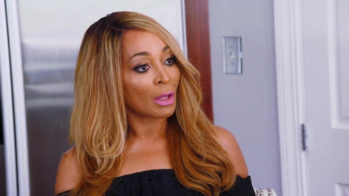real-housewives-of-potomac-season-3-hero-301-karen-sets-the-record-straight-about-her-taxes