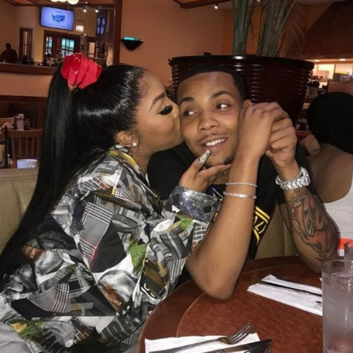 Rapper G Herbo Gets BEAT UP By His Baby Mama Ari!! (Video